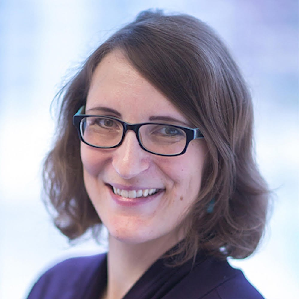 Julia Freybote Professional Headshot